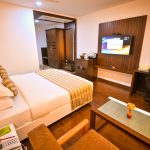 Modern room with living area - Chola Serviced Apartment